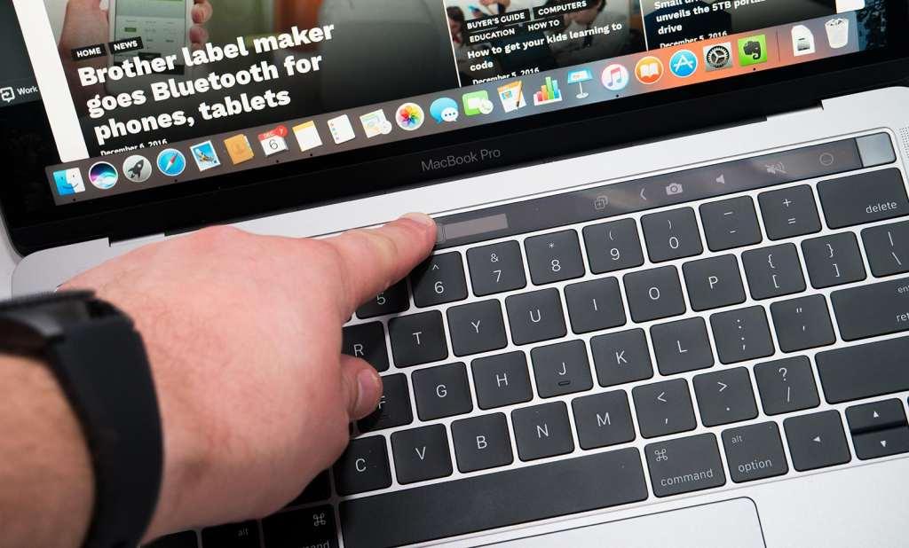 apple-macbook-pro-touchbar-review-2016-09