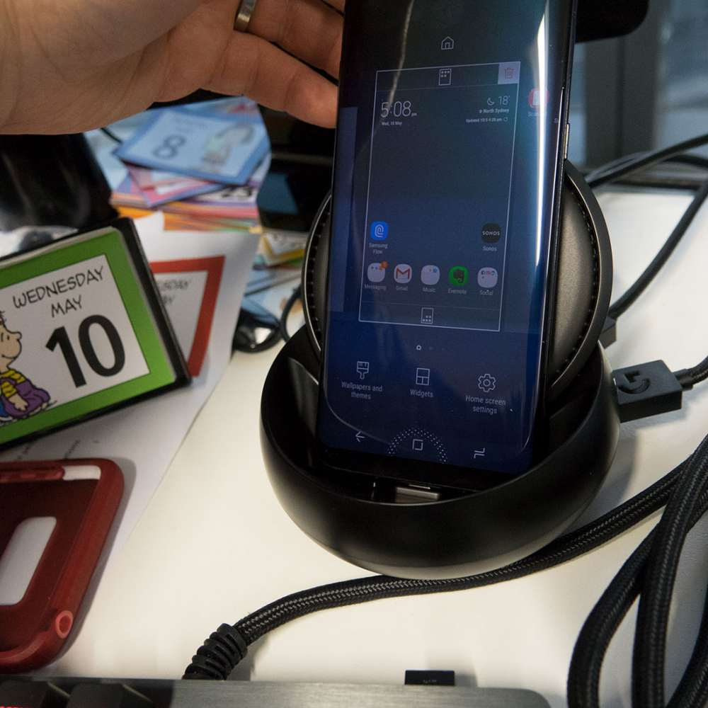 Review: Samsung DeX desktop replacement for Galaxy S8/S8+