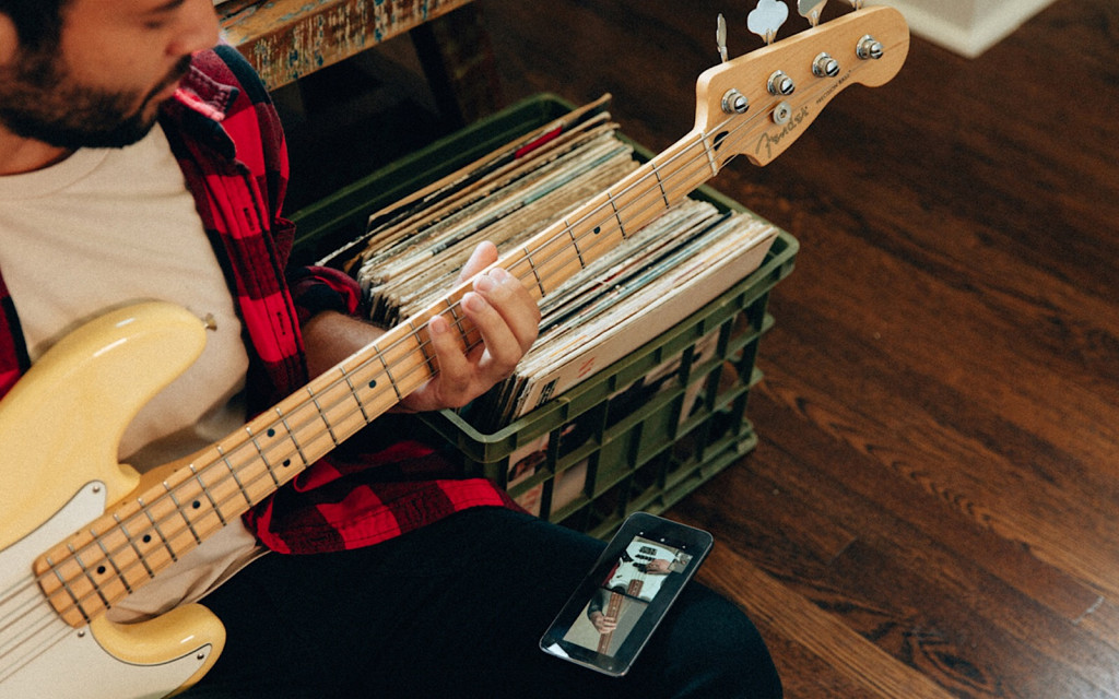 Fender Play for bass