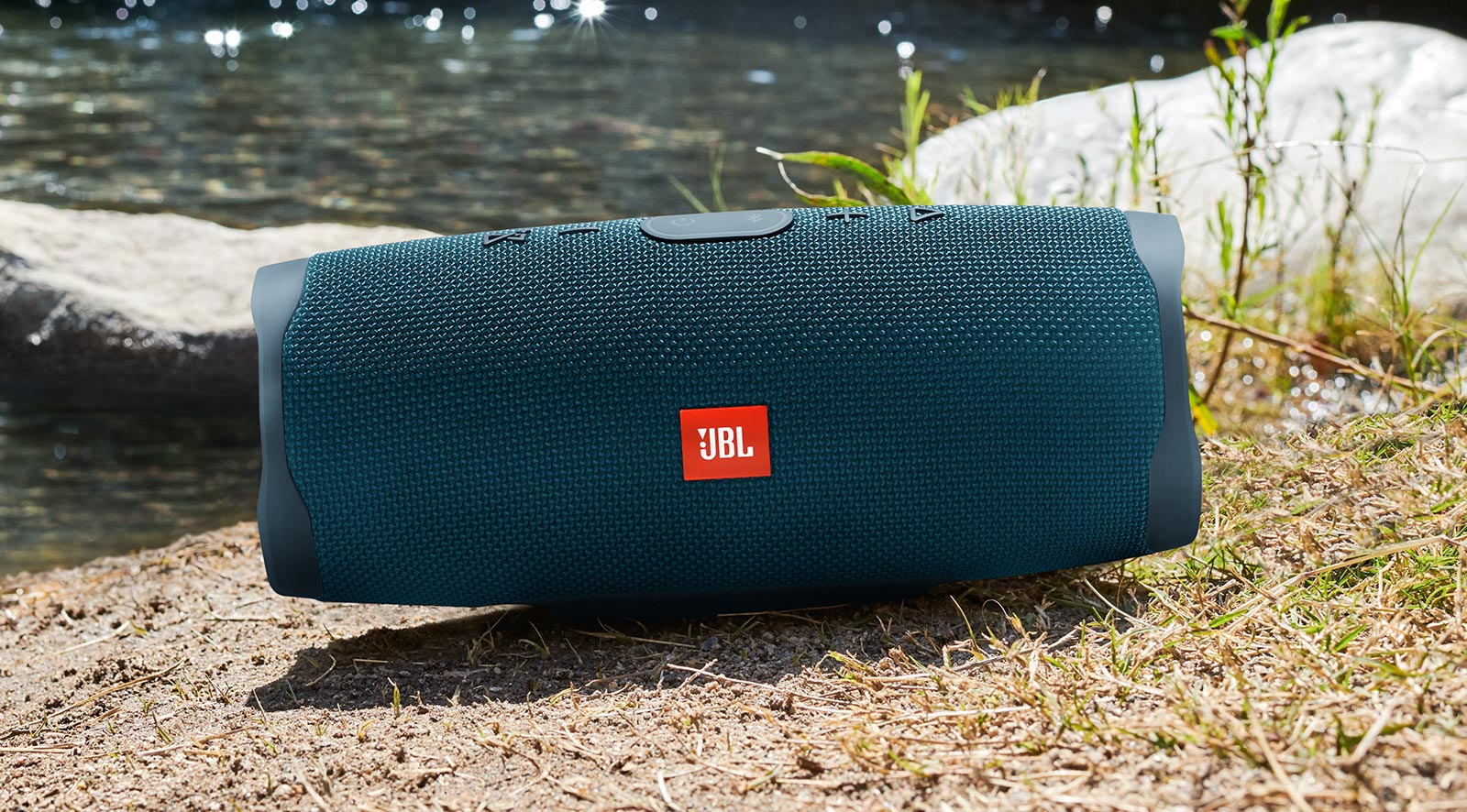 JBL's latest speakers are made for partying – Pickr