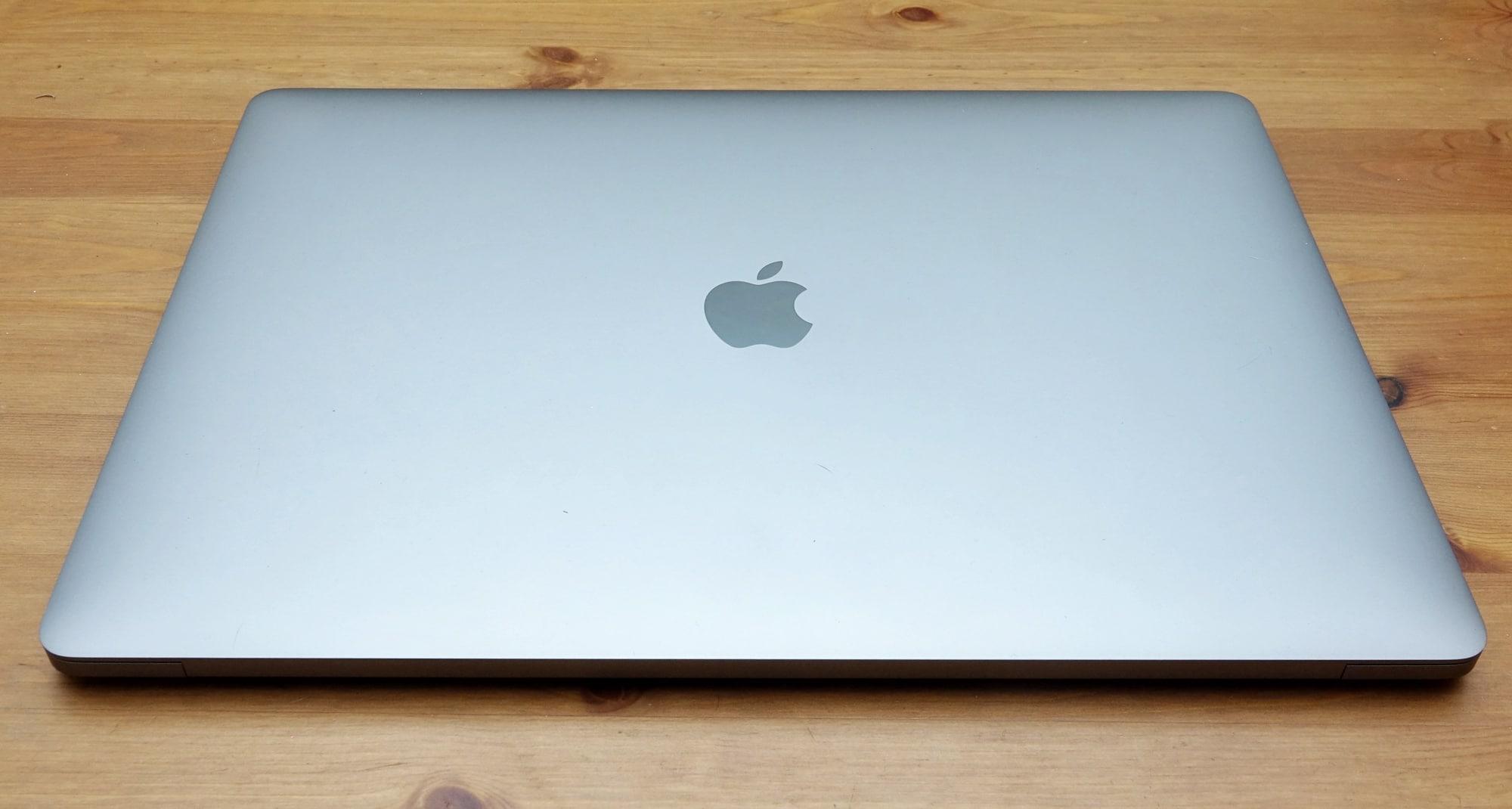 Apple MacBook Pro 15 (2019)