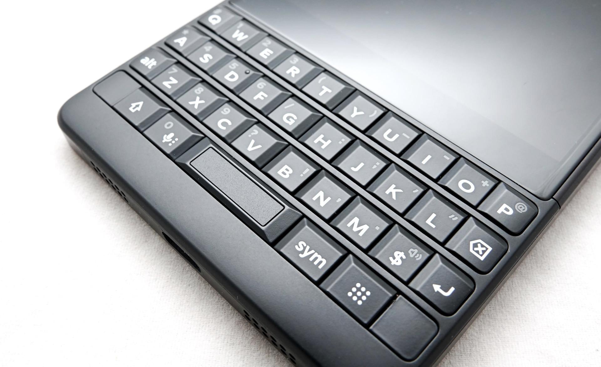 Review: BlackBerry Key2 Black Edition (BBF100-6) – Pickr