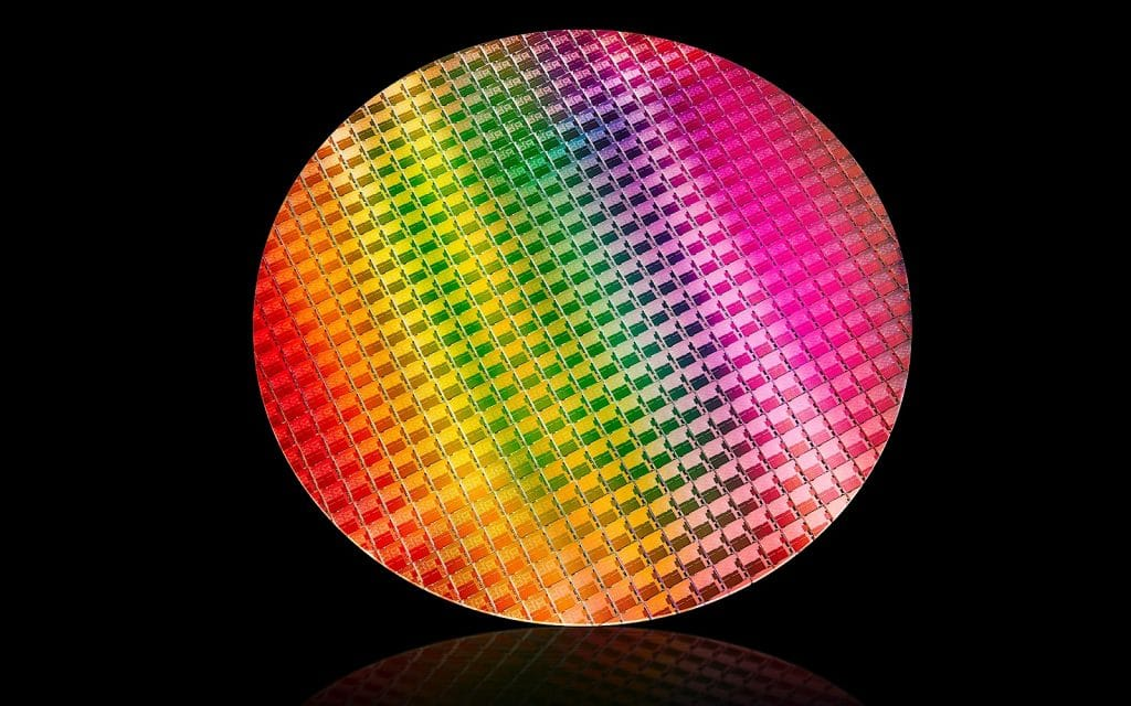 Intel tenth generation Core architecture wafer