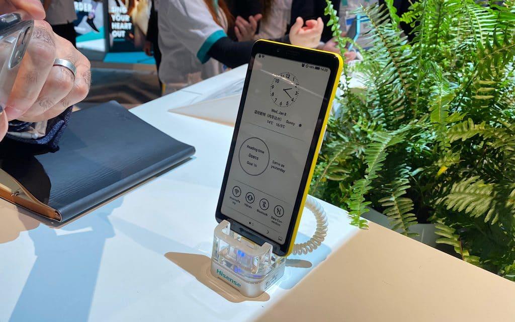 Hisense colour e-ink screen and phone