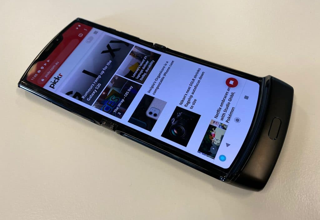 Hands on with the Motorola RAZR (2020)