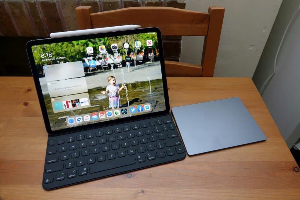 Using a Trackpad with the Apple iPad Pro for 2020