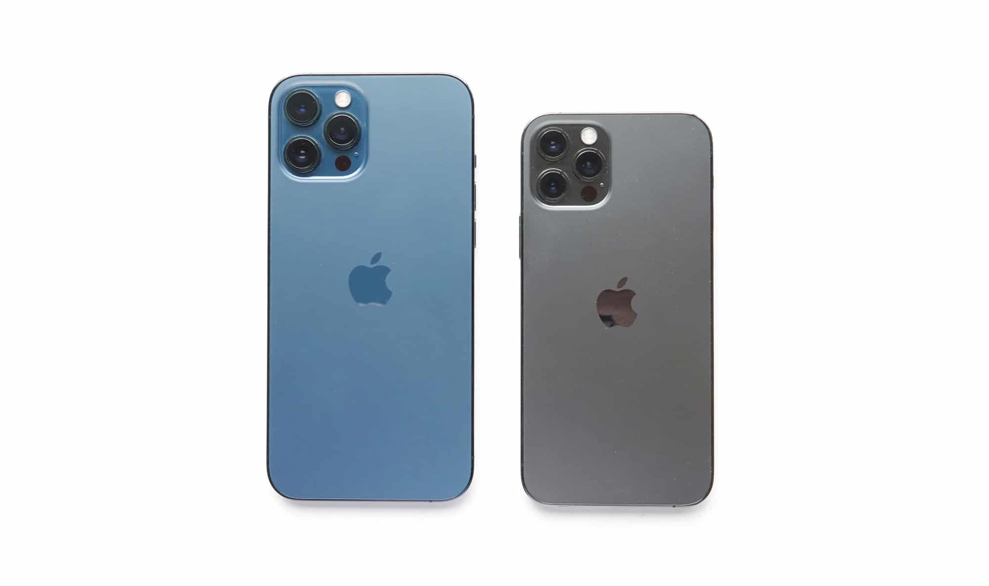 The size differences between the iPhone 12 Pro Max (left) and the iPhone 12 Pro (right)