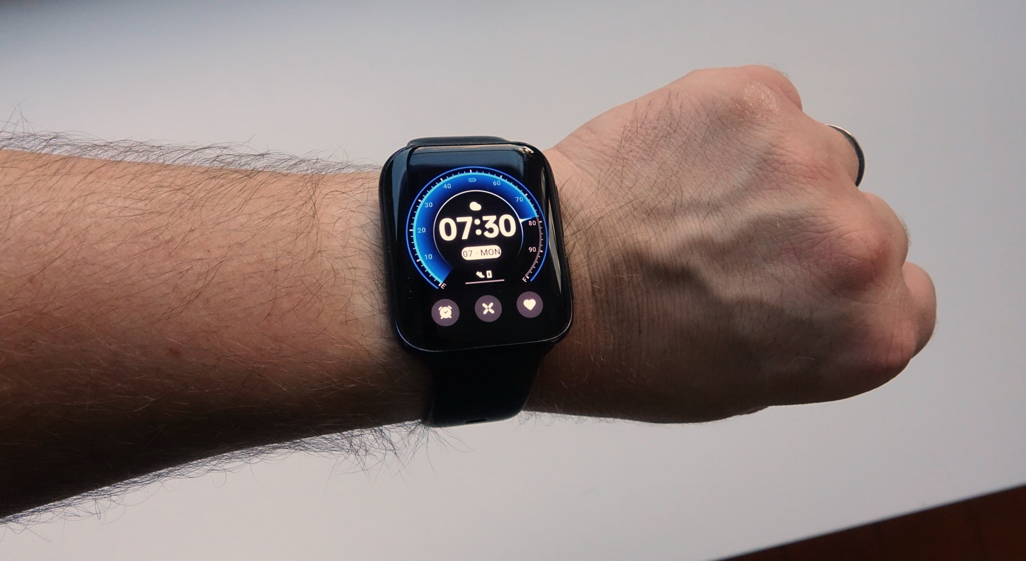 Wearing the Oppo Watch