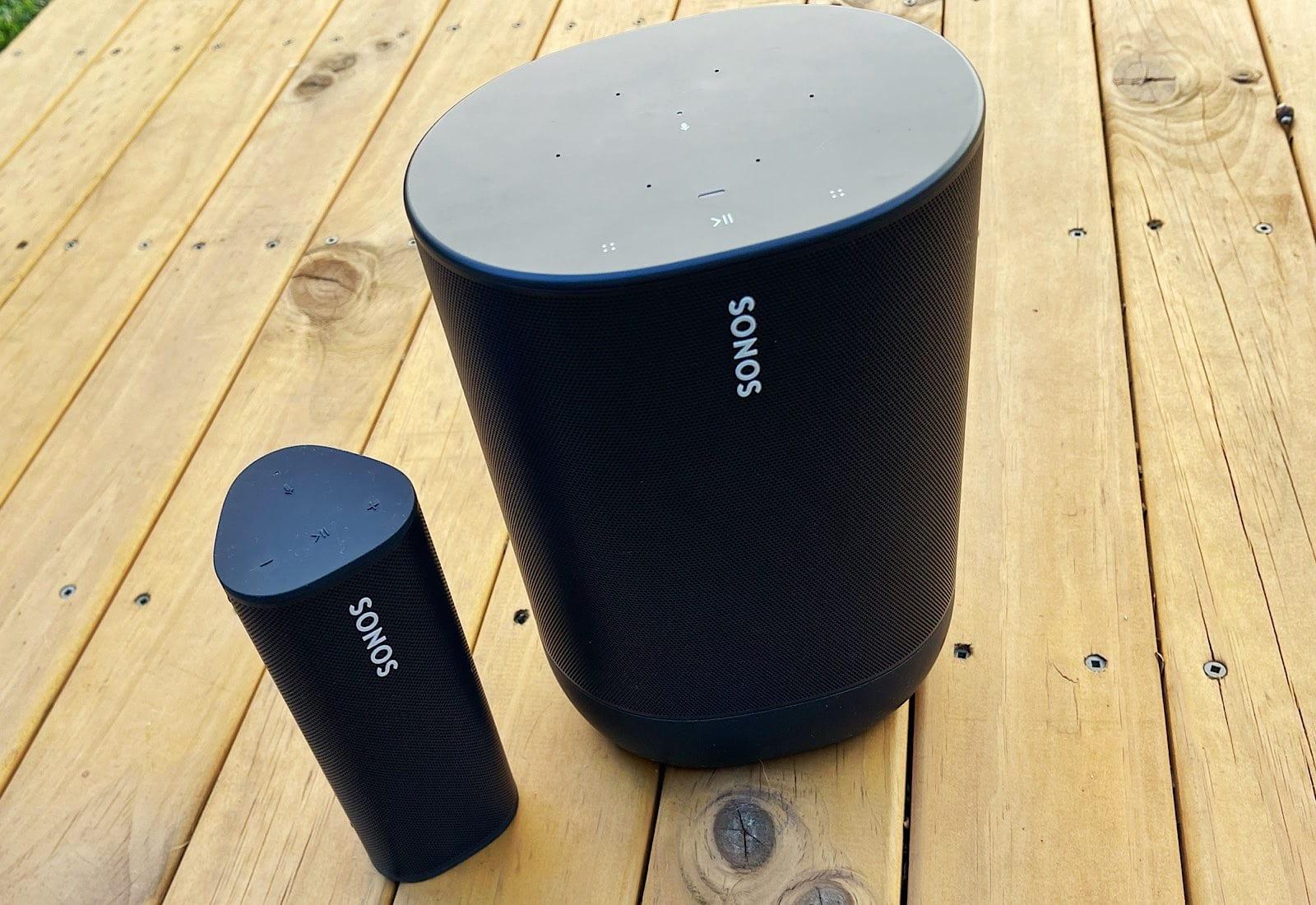 Sonos Roam (left) and Sonos Move (right)