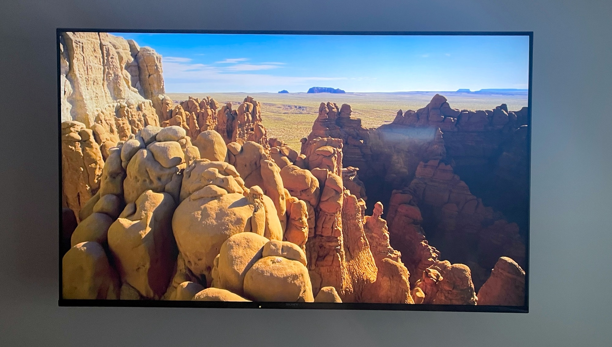 Reviewing the Sony Bravia X90J