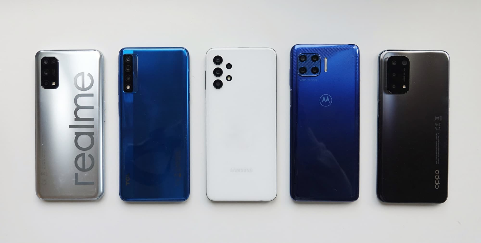 From left to right: Realme 7 5G, TCL 20 5G, Samsung Galaxy A32 5G, Motorola G 5G Plus, Oppo A54 5G.