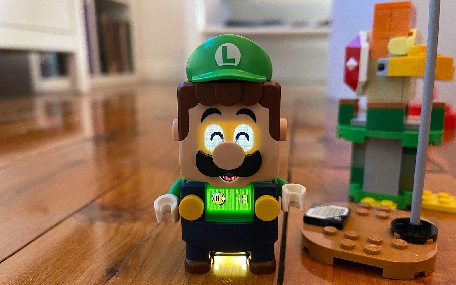 Luigi wins some coins!